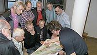 Andreas Ilg erklärte den Anwesenden die Planungen.